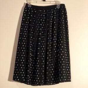 Black and white polka dot skirt!
